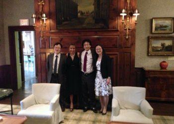 Cena de clausura con compañeros japonés en Harvard